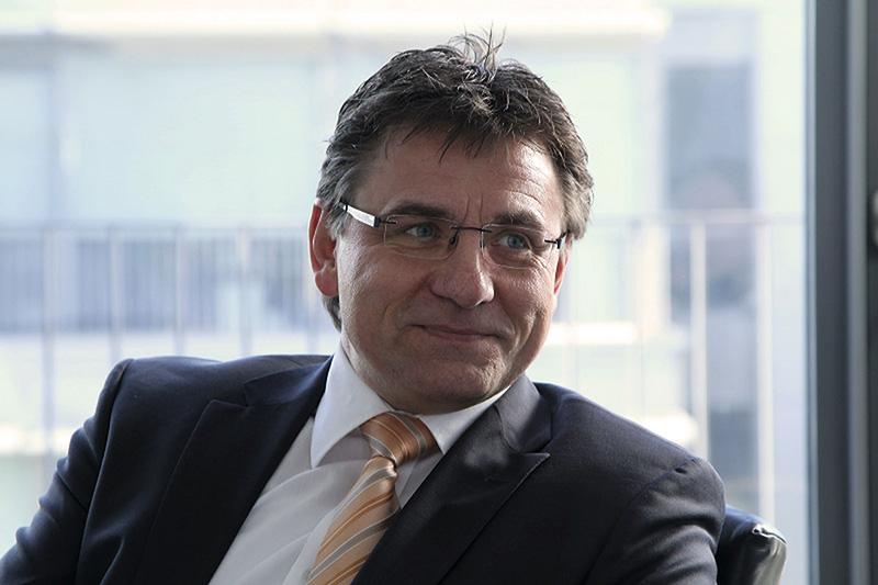 Eckhard Hörner-Maraß, Geschäftsführer, übernimmt  die Bereiche Vertrieb, Service und Marketing © manroland web systems