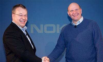 Stephen Elop und Steve Ballmer - (Quelle: Nokia)