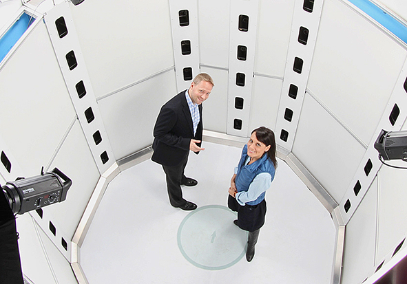 View of the interior of the body scanner; Source: doobgroup.com